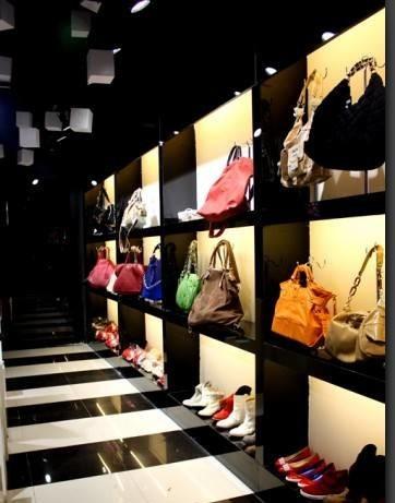 海口珠宝展示柜海口皮具柜台海口服装柜子产品大图