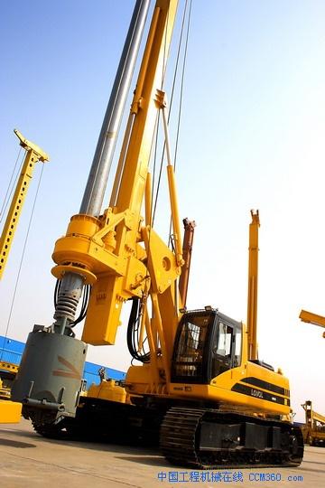 福田雷沃旋挖钻机厂家直销15515889588产品大图图片