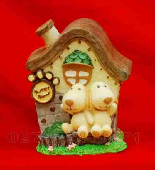 包括 有各种的卡通(公仔)模具,各种传统石膏像模具,动物模具,人物模具