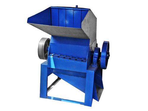 平凉高效塑料粉碎机  平凉高效塑料粉碎机生产厂家  巩义凯信机械