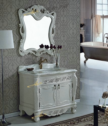 7,艾瑞斯仿古浴室柜精雕细刻的实木支脚:        艾瑞斯仿古