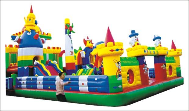 大型儿童充气城堡 蹦蹦床 水上步行球产品大图 河南东方气模玩具厂