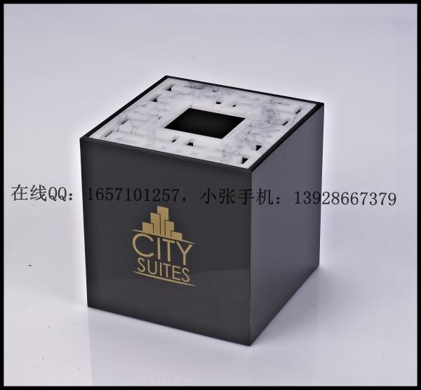 正方形纸巾盒-沙特系列高清图片