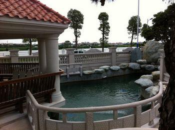 普滤仕佛山欧式小区鱼池设计建造解决方案高清图片