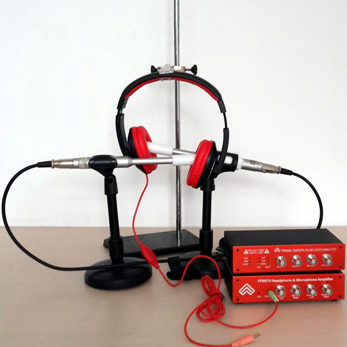 FP8400音频分析仪(耳机频响测试仪)的仪器测试附件配置灵活多样,适合于耳机成品及各类电声器件单元测试。电声测试仪可一次性完成双耳及咪头的灵敏度、平均灵敏度、频响曲线、阻抗、电流等参数的测试,由通用计算机(台式计算机/笔记本电脑)、测试麦克风、耳机测试夹具(可测耳机或者耳机单元)、FP8974耳机麦克风放大器组成。中央微处理器控制意味着可靠性更高,操作更简便,将众多的功能汇集在一个小型、高速、高精度的单元中,其价格比分立单元更具有竞争性。 *真正的双领域(Dual Domain即频域和时域)模拟/数字处